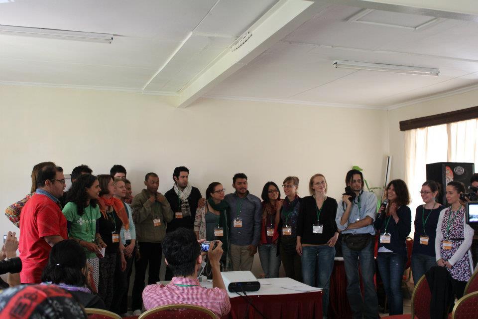 Координаторите на проекта Lingua (от който Global Voices на български е част) Паула и Гохари поканиха всички редактори. Снимка от Raphael Tsavvko Garcia, ползвана с позволение